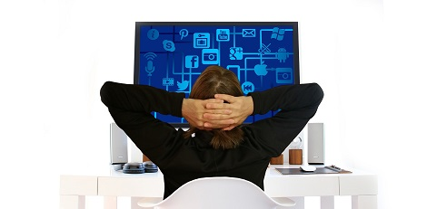 Ergonomie Arbeitsplatz Rückenschmerzen