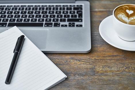 freelancer werden nach der uni und im homeoffice arbeiten
