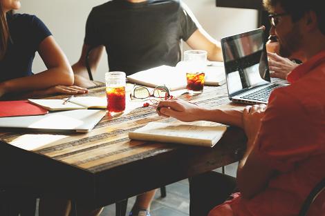 Die 8 besten Lernstrategien mit einer Lerngruppe lernen