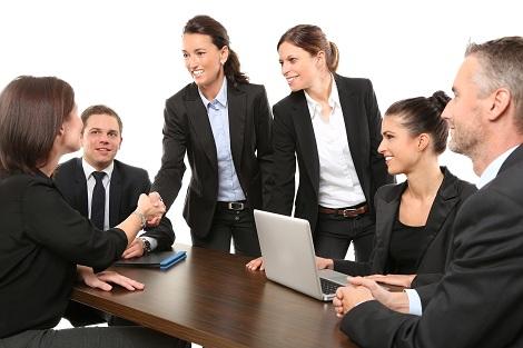 Praktikum Vorteile und Nachteile Business Knigge